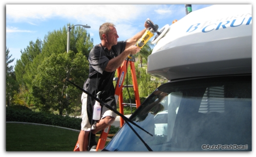 RV cleaning and polishing
