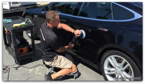 buffing your car with car polisher