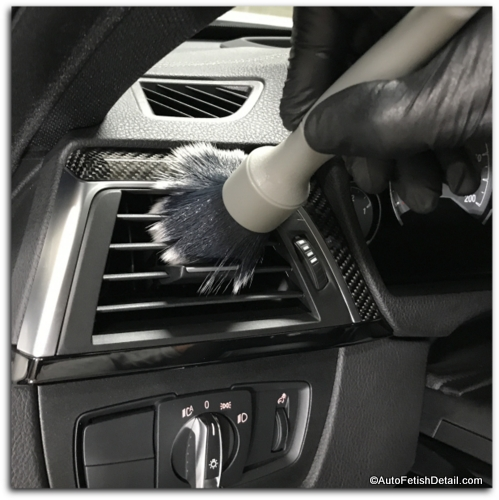 dusting vents on bmw interior