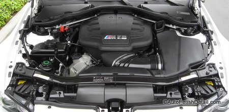 engine bay detailing BMW M3