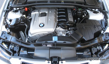 engine bay detailing cleaning