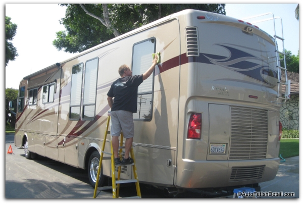 RV cleaning and detailing tips