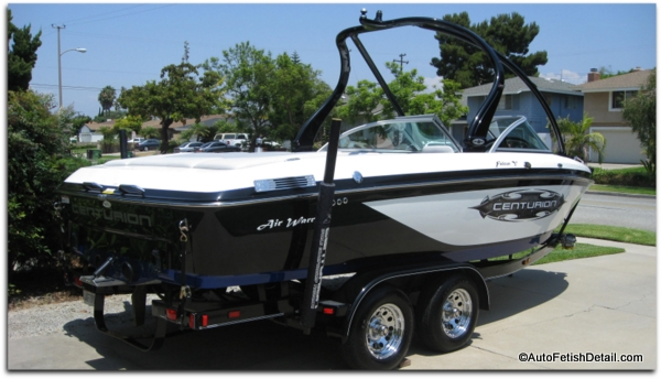 Centurion Air Warrior boat with top rated fiberglass wax