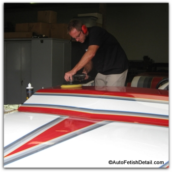 boat polishing with best fiberglass wax