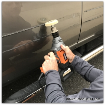removing car emblems with 3M eraser wheel