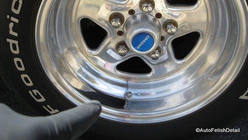 rv wheel polishing